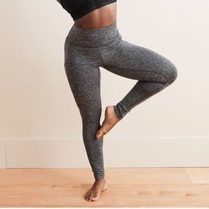 Aerie leggings with pockets